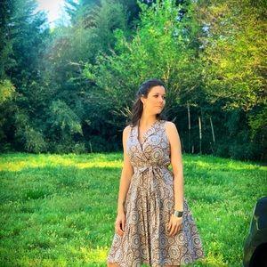 Sleeveless Evan-Picone Midi Dress 🤎